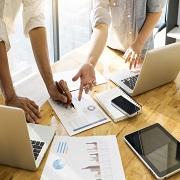 MIT informatika: učinkovito upravljanje in analiziranje reklamacij